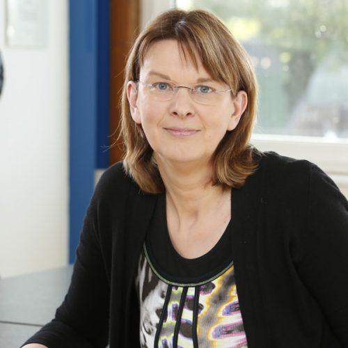 Frau Kerstin Wille