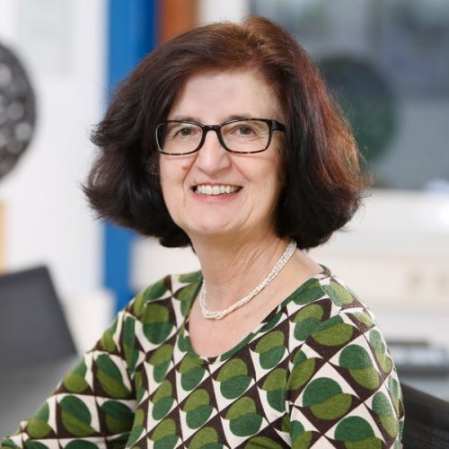 Frau Kathrin Thassler